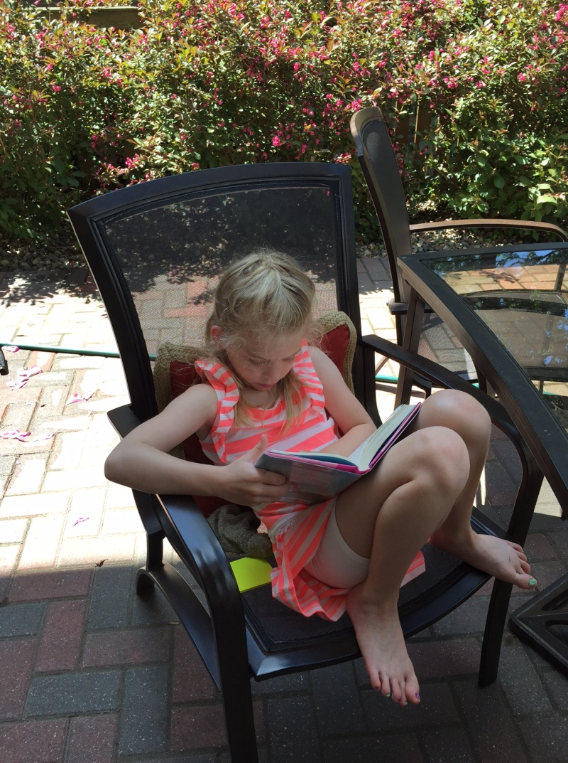 Getting my girl to love reading outside
