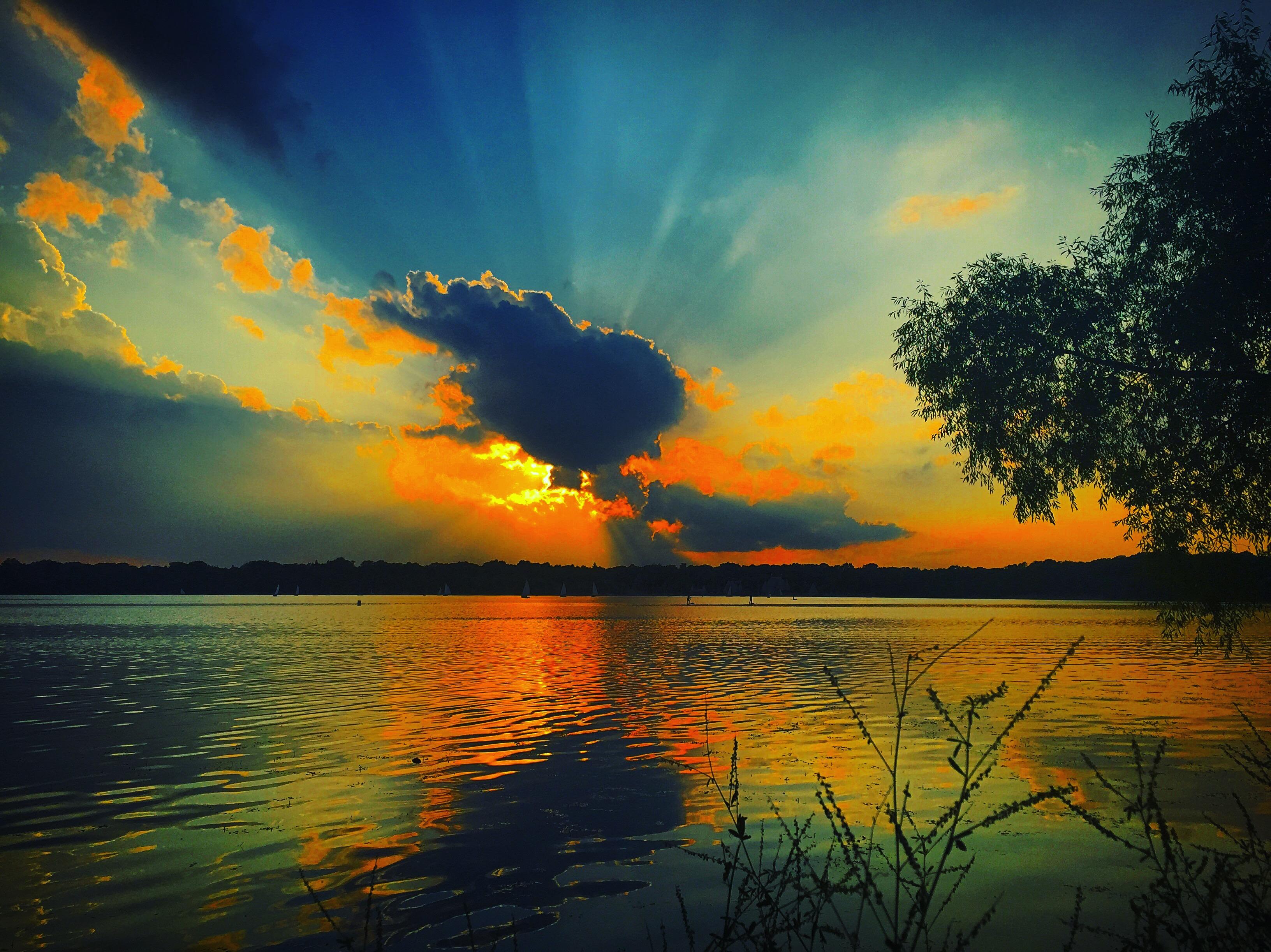A summer of minnesota sunsets thirdeyemom for Summer lake