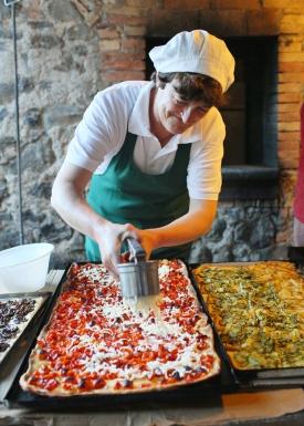 Pizza class at La Locanda della Quercia Calante, on the Umbria Photo Workshop